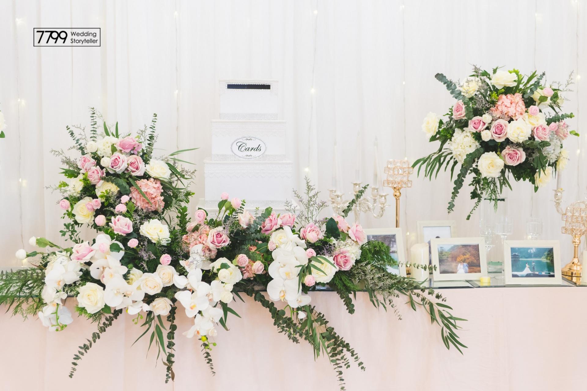 Dịch vụ trang trí bàn đón khách tiệc cưới cực đẹp và sáng tạo