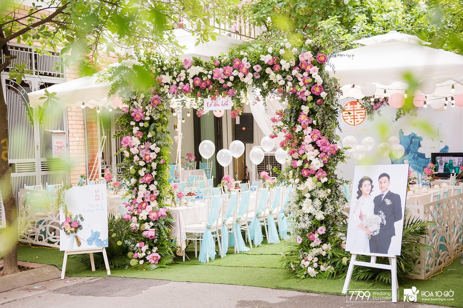 Cổng cưới hoa sen