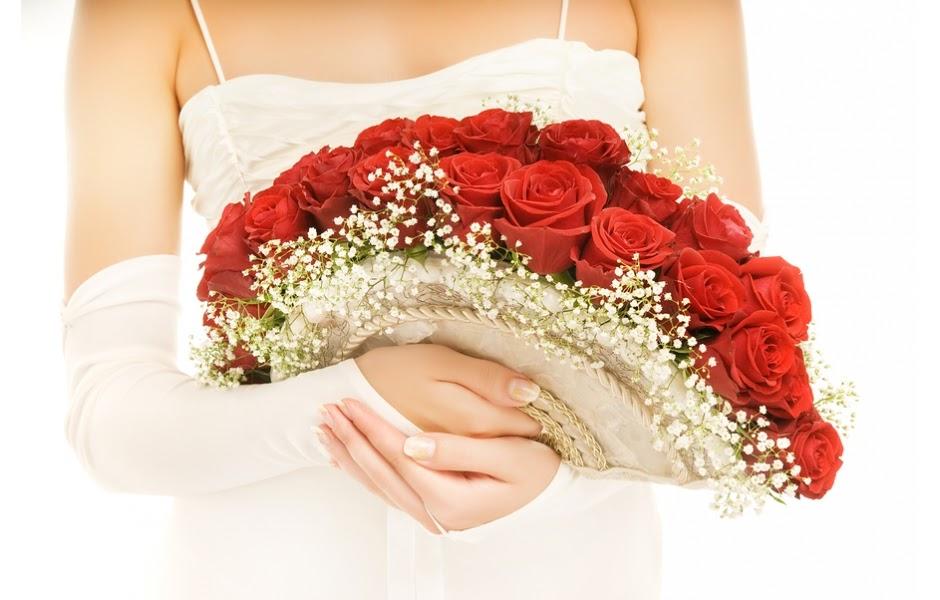 Hoa tay cầm cô dâu dáng quạt