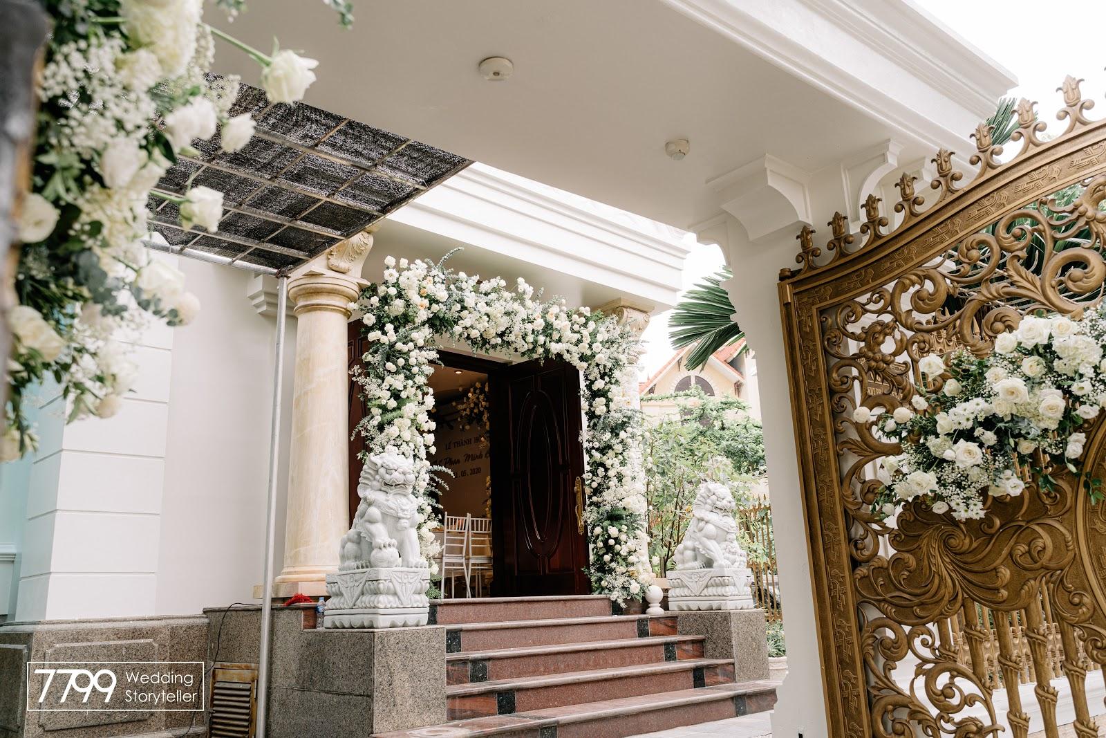 Mẫu cổng hoa cưới Greenery