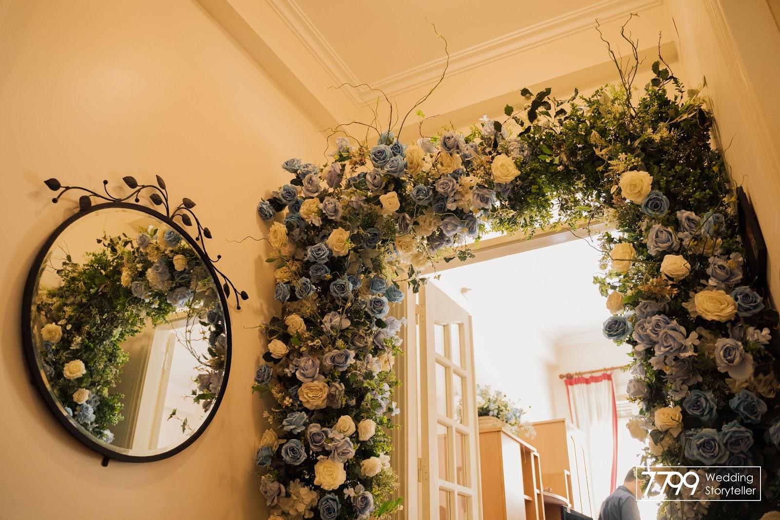 Mẫu cổng hoa đám cưới đẹp dust blue
