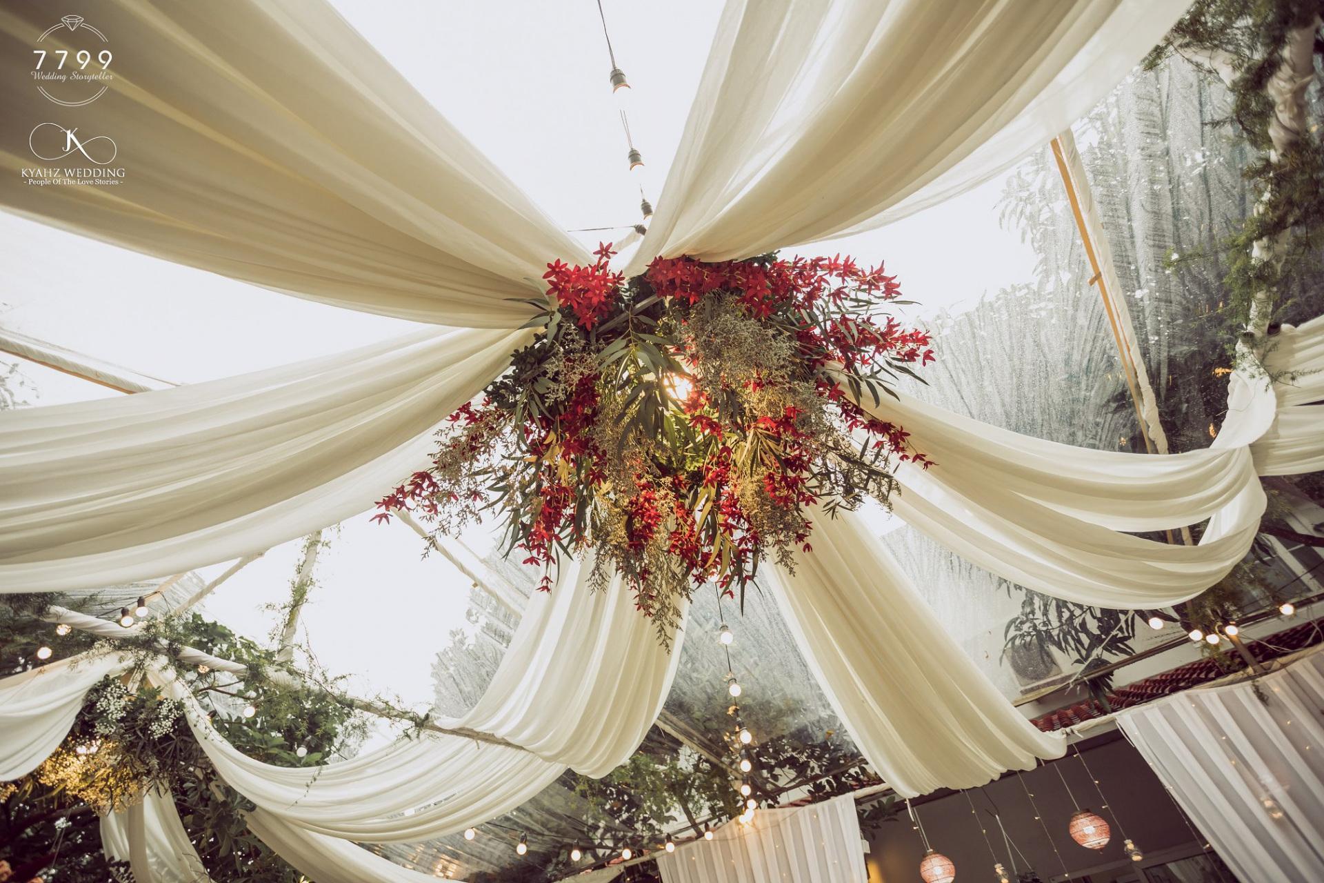 Rạp cưới trong veo - Đám cưới Rhymastic và Thanh Huyền