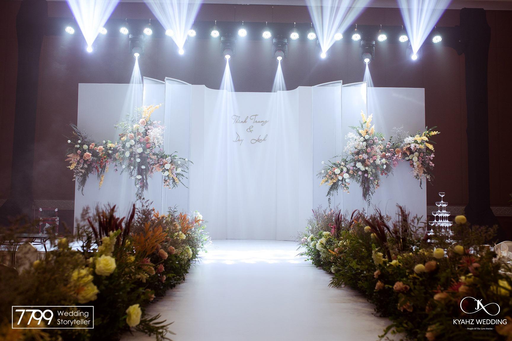 Sheraton Hanoi Wedding Decoration - Concept trang trí tạo khối