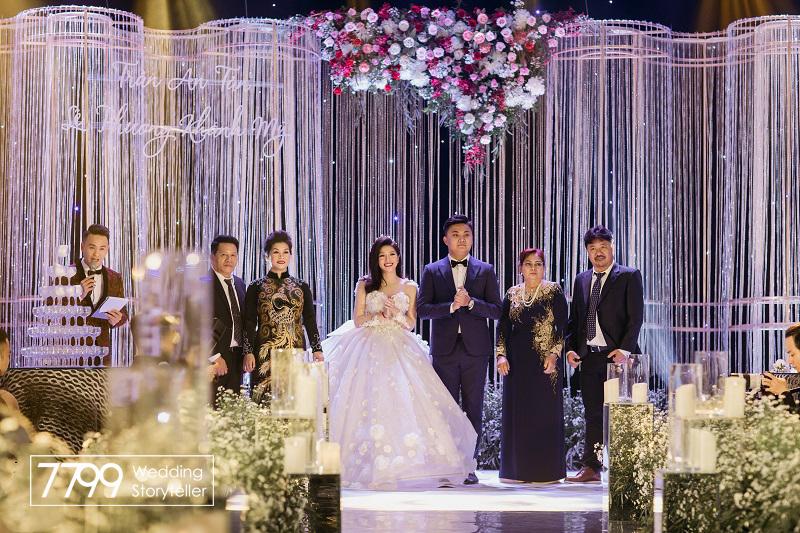 Trang trí đám cưới Vân Navy